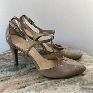 Franco Sarto Heels size 9 taupe Patent Leather